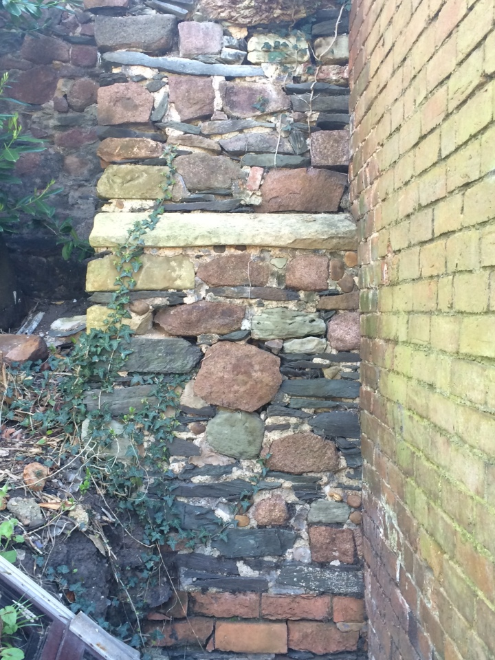 Wall Buttress Belgrave